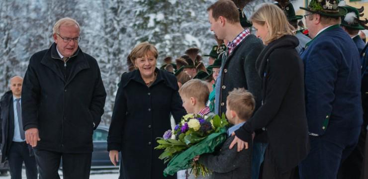 Merkel Trachtler CSU Kreuth Head