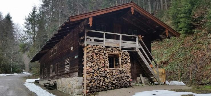 In diesem Haus soll das Holzfällermuseum entstehen - die CSU findet das nicht gut. Und Peter Höß mittlerweile auch nicht.