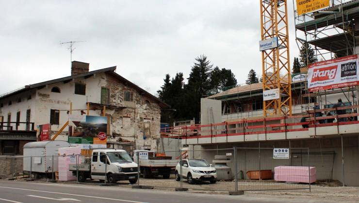 Gmunder Maximilian könnte künftig der neue Mittelpunkt des Ortes sein.