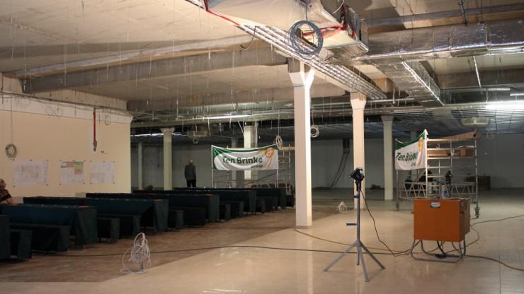 In dieser Halle wird künftig der REWE-Markt sein.