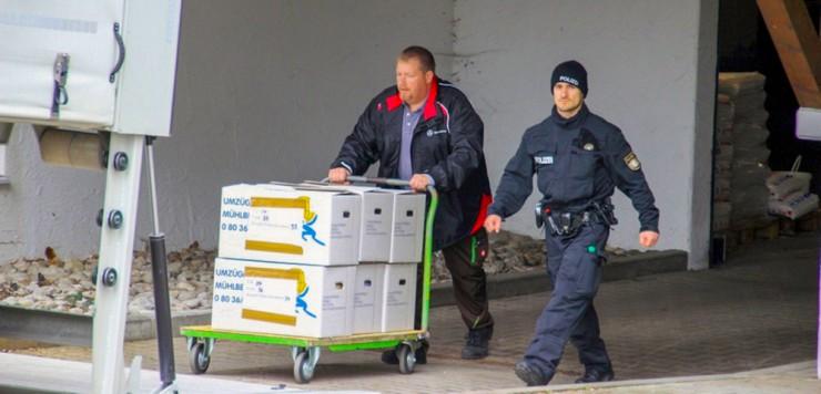 Die Kripo durchsuchte gestern drei Kliniken und die Firmenzentrale im Chiemgau