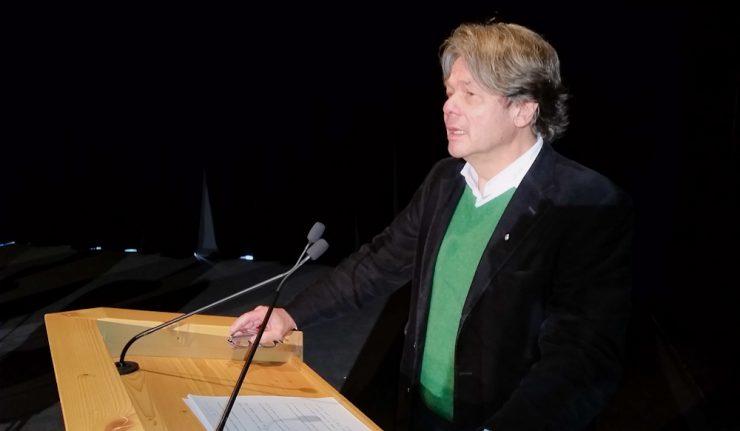 Michael Käfer bei seiner heutigen Rede auf dem Tag des Tourismus im Rottacher Seeforum.