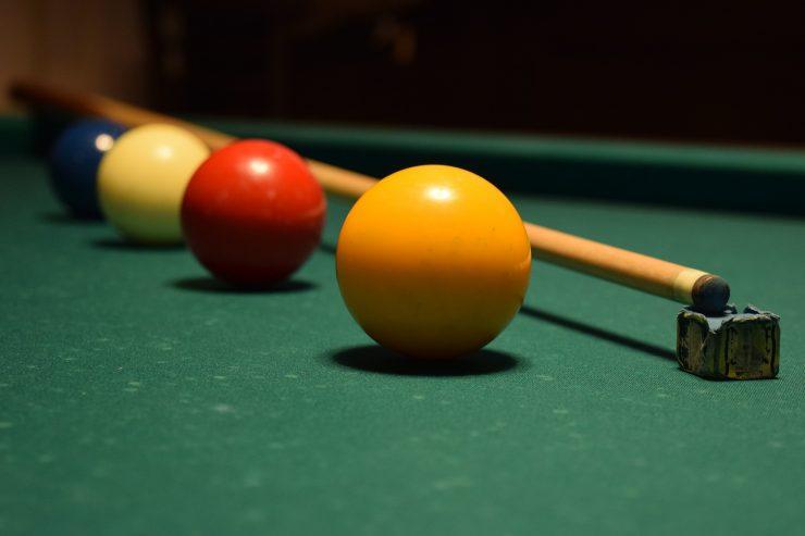 Nicht nur Spielautomaten,  sondern auch die Möglichkeit zum Billiard gibt es in der Spieloase in Holzkirchen