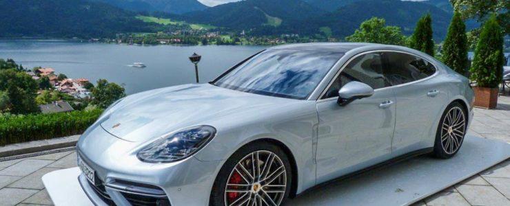 """""""Ohne Porsche ist man hier praktisch nackt"""""""