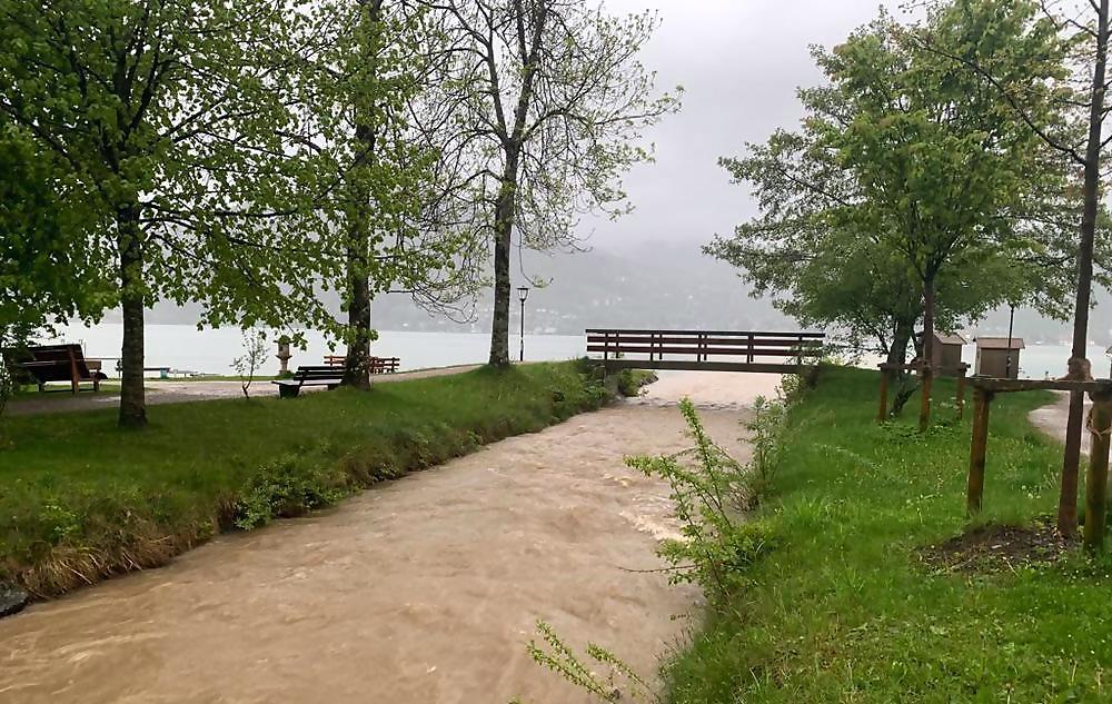 Hochwasser am Tegernsee - bis zu 150 Liter Regen gefallen ...